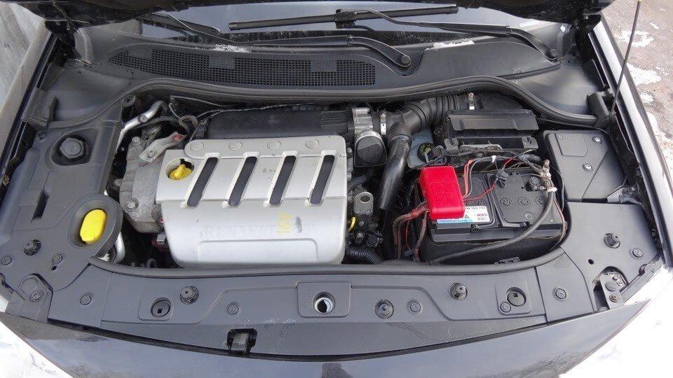 Фото двигатель Renault Megane II