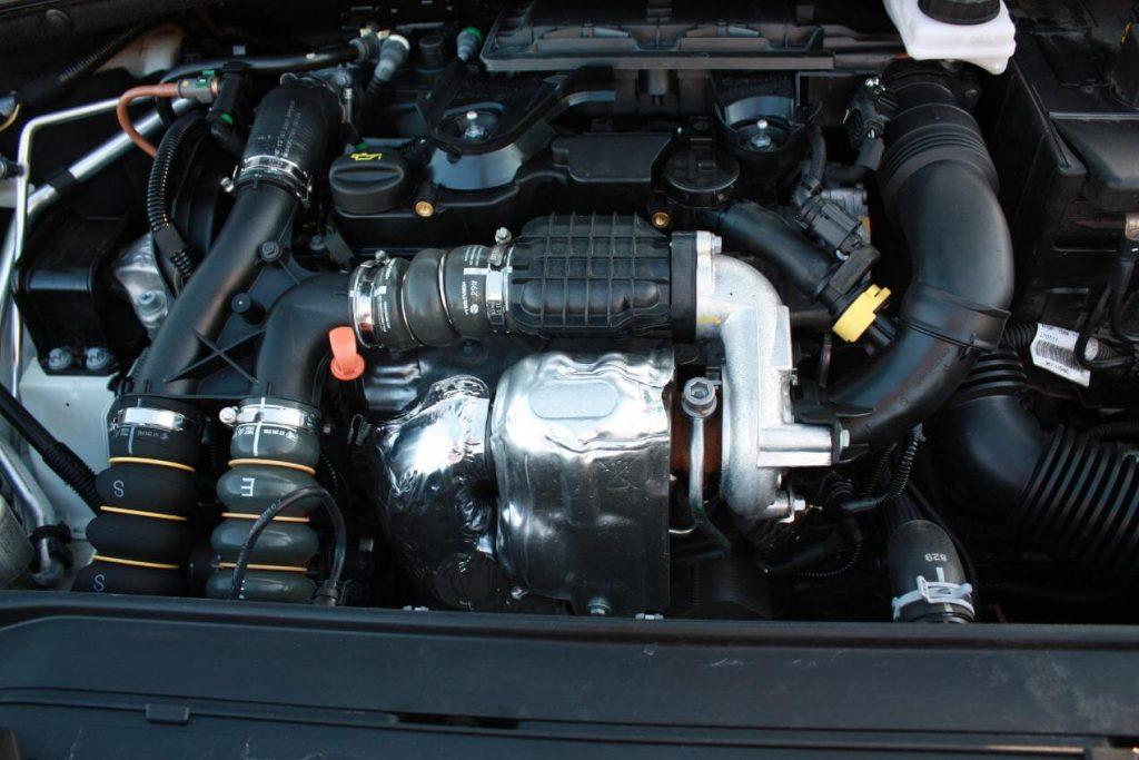 Фото двигатель Citroen C5 2.0