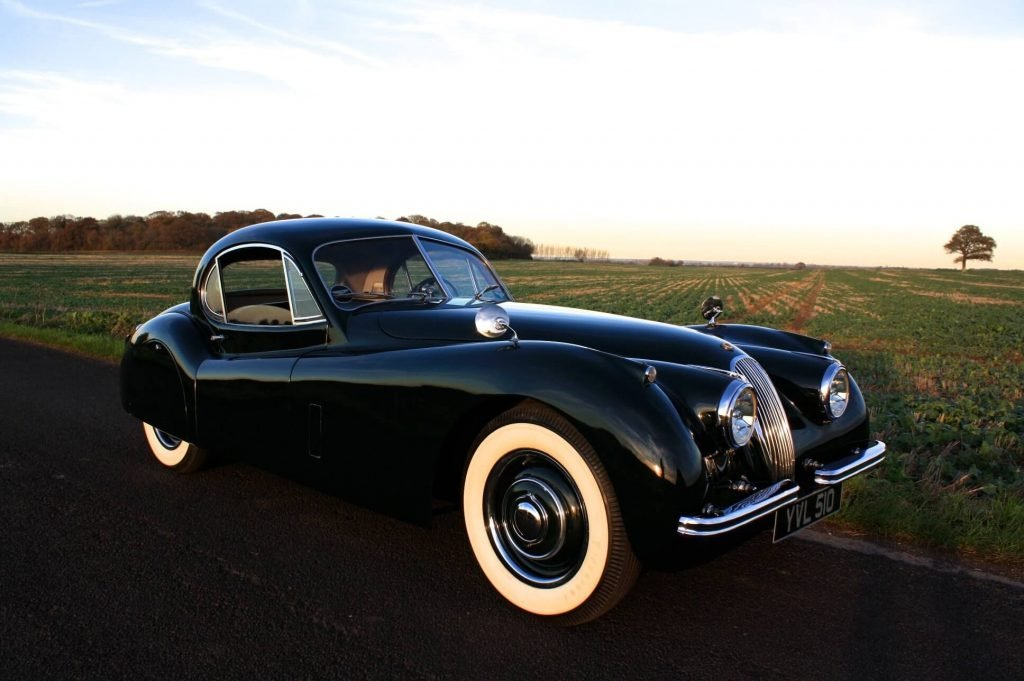 Фото Jaguar XK120 Fixed Head Coupe