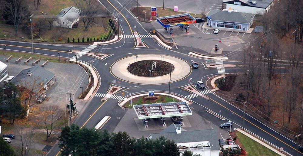 Как проезжать круговой перекресток