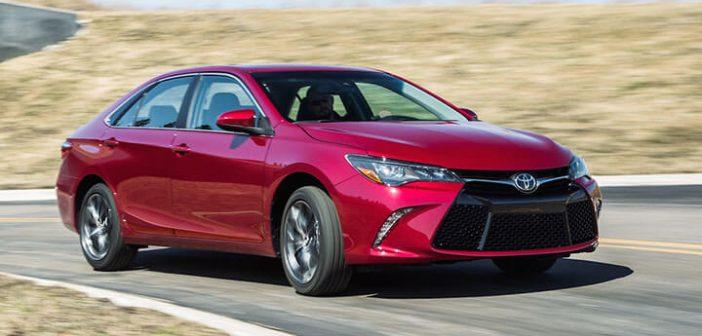 На фото: Toyota Camry