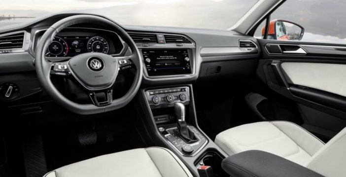 Новое оформление салона Volkswagen Tiguan 2018