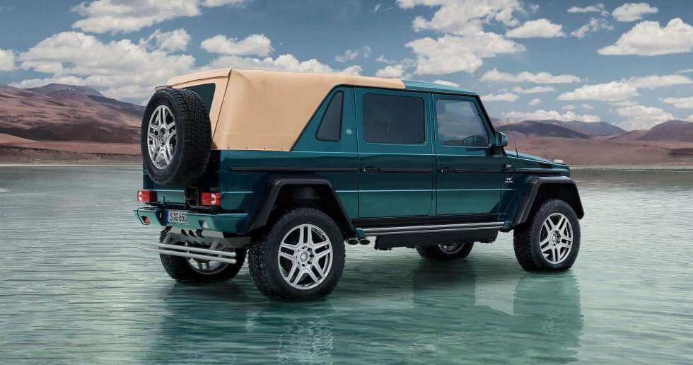 На фото: Mercedes-Maybach G650 Landaulet