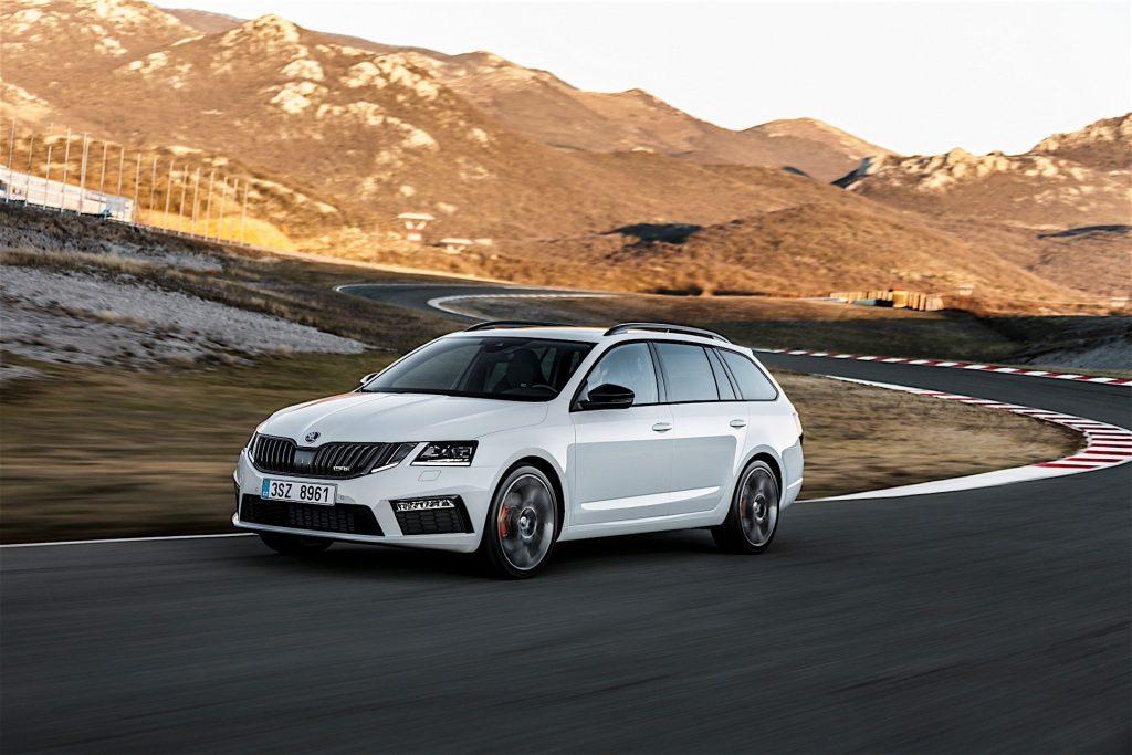 Новый автомобиль уже можно встретить на дорогах общего пользования в Великобритании.
