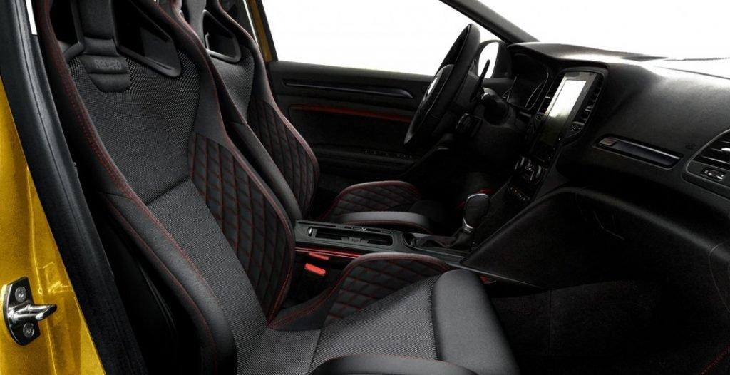 Рендер салона Renault Megane RS