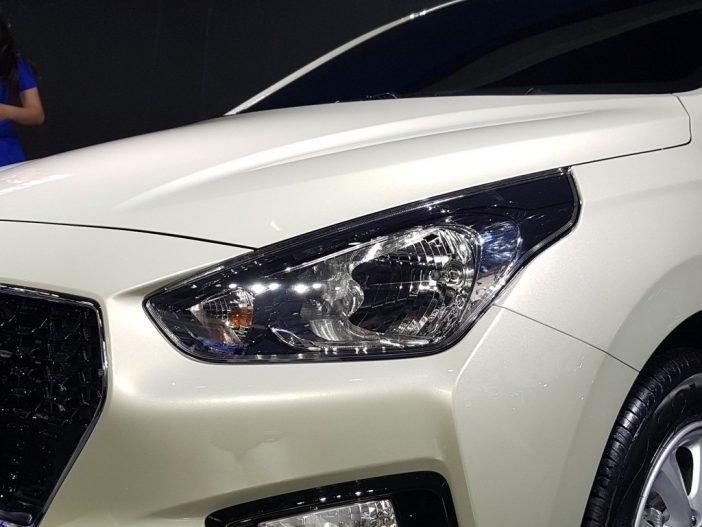 На фото: прототип показанной Hyundai Reina