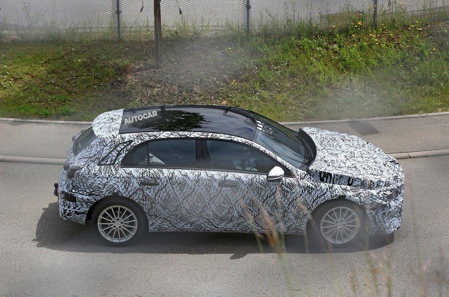 Фото Mercedes-Benz A-Class на испытаниях в Берлине