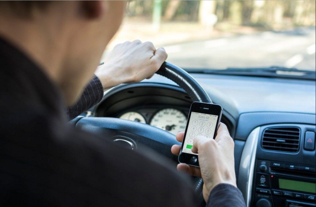 Прогнозирование опасности и время реакции водителя