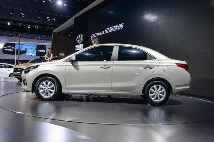 Длина автомобиля схожа с Hyundai Verna