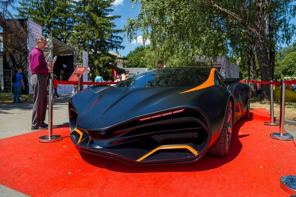 Оригинальное исполнение спорткара Himera Q отдаленно напоминает концепт спорткара Lada Raven.