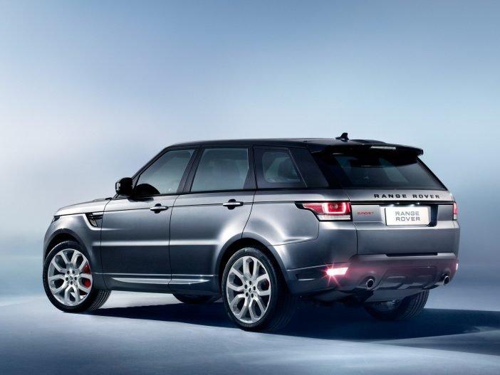На фото: Range Rover Sport
