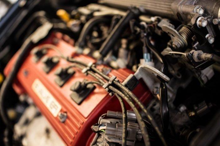 Троит прогретый двигатель причины