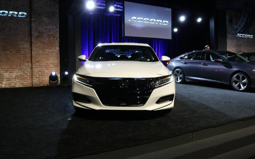 Снимки прессы с официального представления новой генерации всемирно известного автомобиля Honda Accord.