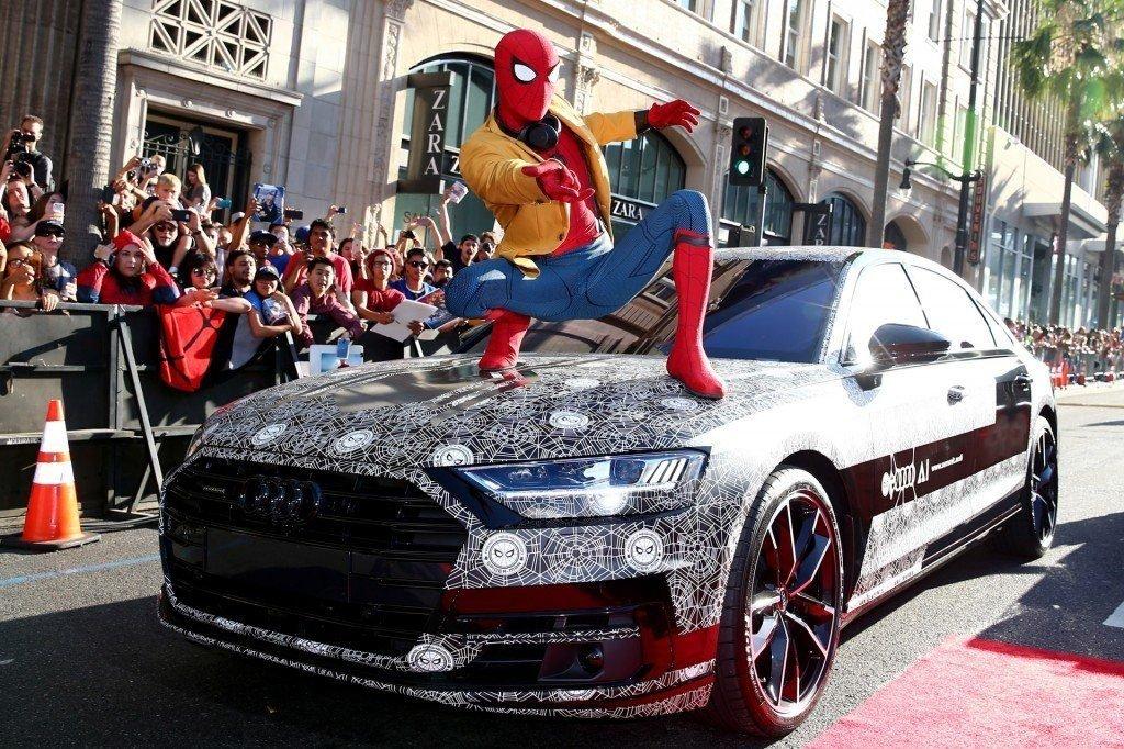 """Рекламной и промо компанией автомобиля позавидуют многие. Автомобиль неоднократно появлялся на официальных мероприятиях, вроде премьеры голливудского блокбастера """"Spider-Man:Homecoming""""."""