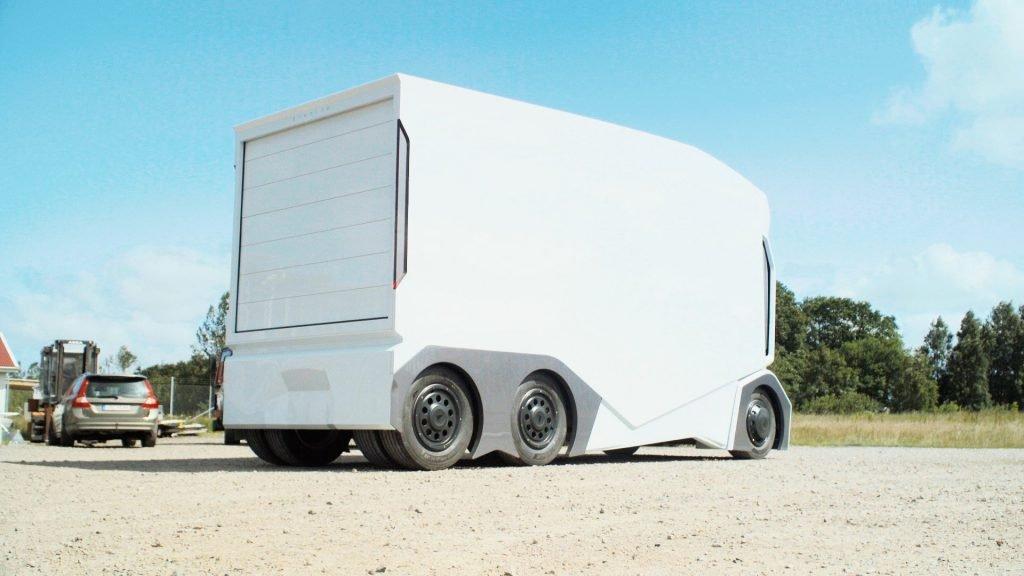 Не смотря на высокую грузоподъебность (до 20 тонн), грузовой автомобиль T-pod выглядит не слишком огромных благодаря инновационным решениям.