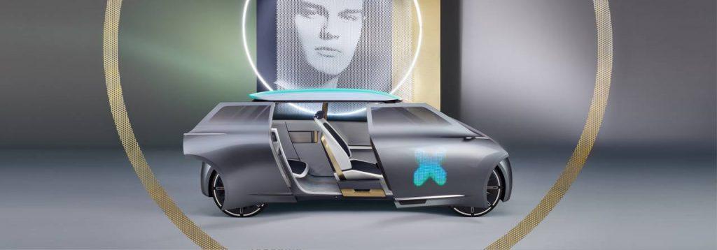 На одном из концептом компании, MINI Cooper E представлен как 5-тиместный хэтч-бек, с выдвижным типом дверей, как у минивэнов, с отсутствующим багажным отделением (его место занимают крупные батарейные блоки).
