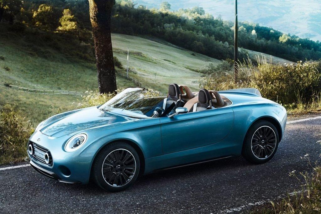 Спортивный родстер Mini Superleggera Vision был сконструирован специально для показов на Итальянском Фестивале Элегантности. Спустя несколько лет автомобиль до сих пор не даёт покоя руководителям бренда и те планируют запустить серийное производство модели.