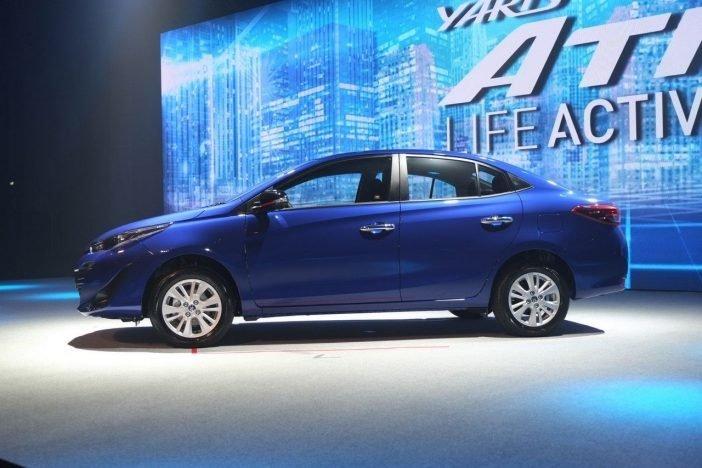 """Toyota Yaris Ativ была презентована на прошлогоднем Токийском Автосалоне. Название сделали специально созвучным с """"Active"""" (подтверждает слоган компании). Сворачивать выпуск первого Yaris'a и уж тем более представленного в прошлом году Vios'a в Toyota не намерены."""