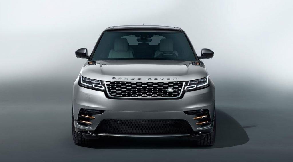 """На украинскую премьеру Range Rover Velar привезли в специальном исполнении """"First Edition"""", которая продается по цене в почти 4 миллиона гривен."""