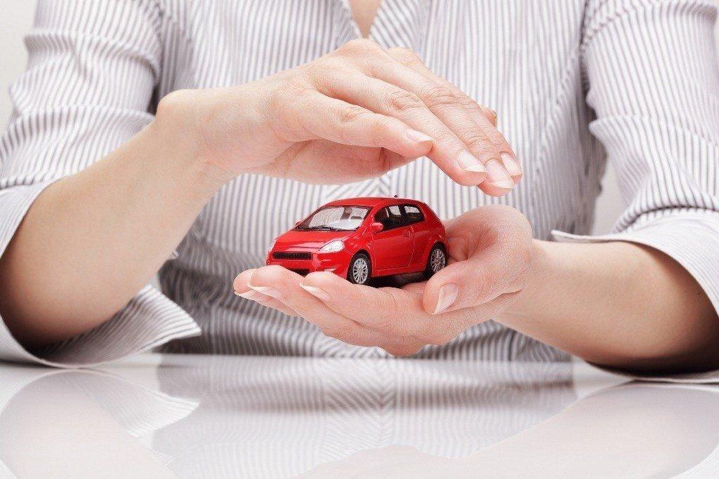 Правильное хранение своего автомобиля на открытых площадках и на улице
