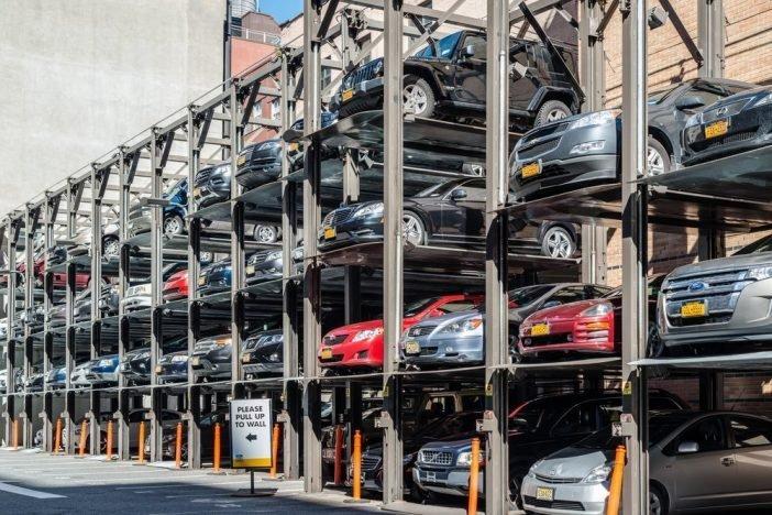 Хранения автомобилей намногоуровневых открытых площадках