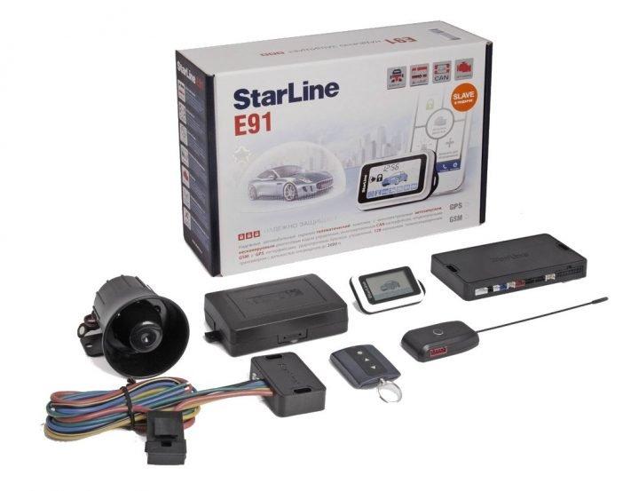 Двусторонние сигнализации часто оснащаются GPS трекерами и специальными датчиками, реагирующими на наклон автомобиля