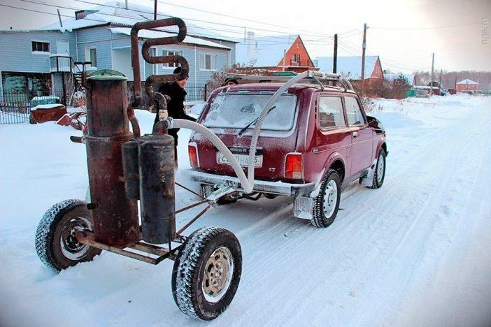 Даже сейчас есть энтузиасты, которые мастерят автомобили с газогенератором