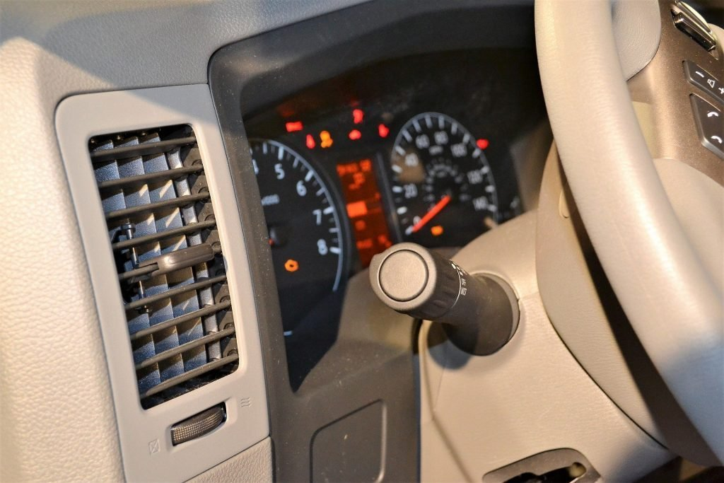 Причины, из-за которых не глохнет двигатель автомобиля