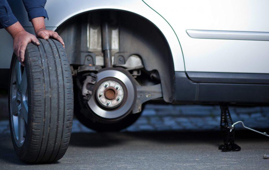 Перестановка колес автомобиля. Как часто нужно делать ротация шин?